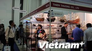 Made-in-Vietnam products showcased in Singapore