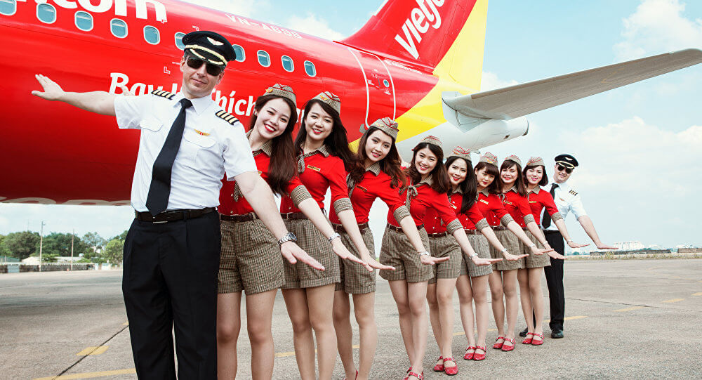 When is the cheapest time to fly to Vietnam Singaporean can travel?