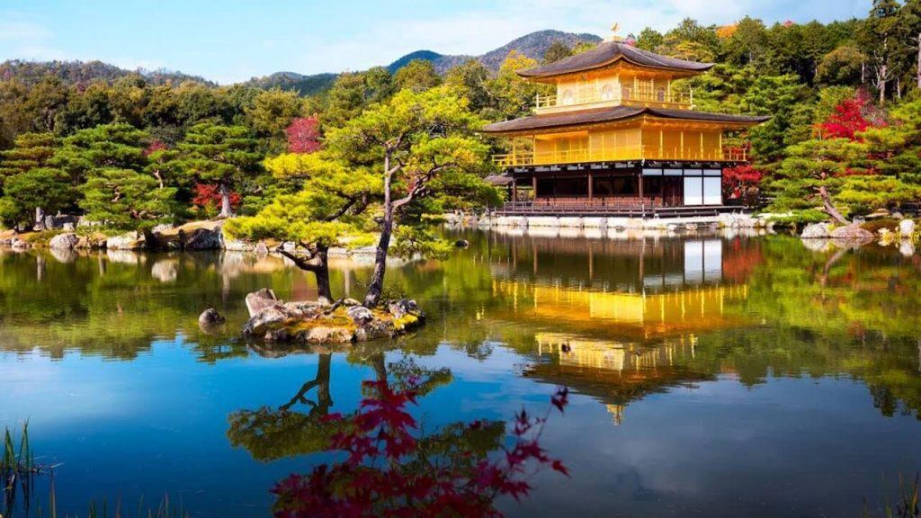 Ngôi chùa Vàng lộng lẫy ấn tượng của Nhật Bản.
