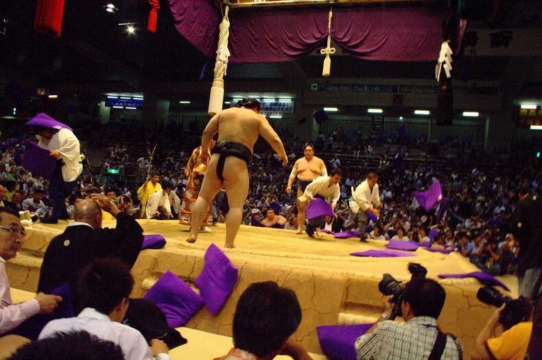 Trải nghiệm giải đấu Sumo nổi tiếng của đất nước mặt trời mọc.