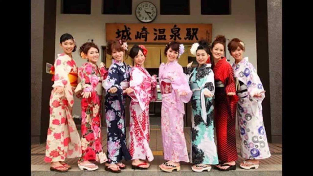 Kimono được sử dụng trong các dịp lễ tết hoặc các sự kiện quan trọng